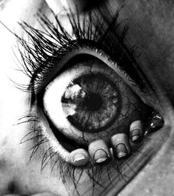 crawling outside the eye