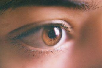 human eyes 12